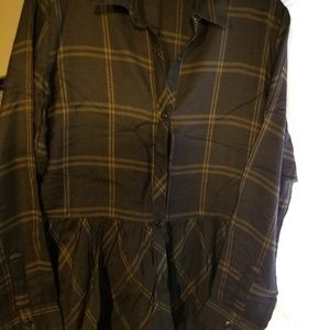 Very nice winter top in dark brown plaid.